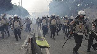印尼警方逮捕69名制造骚乱的嫌疑人